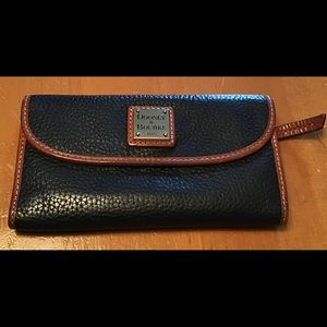 Dooney & Bourke Leather Wallet 1975